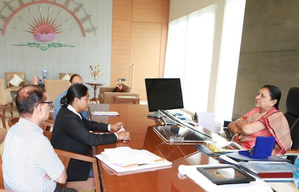 Lajja Goswami meets Anandiben Patel