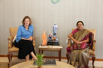 USA Ambassador meets Gujarat CM Aanandiben Patel