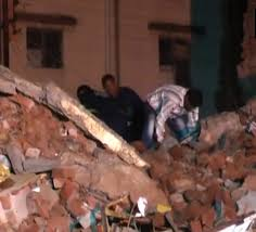 vadodara building collapse