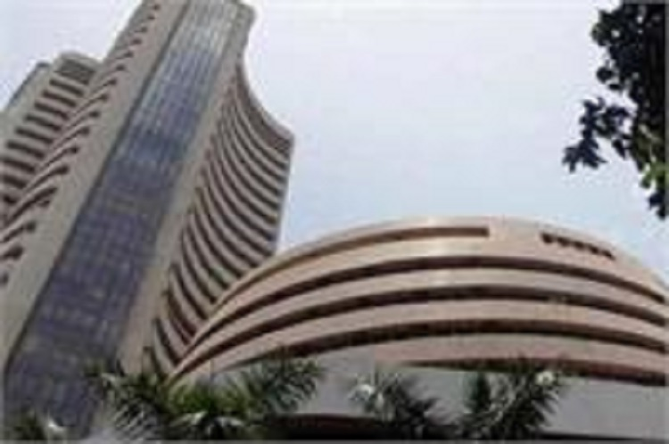 Sensex up, Nifty regains