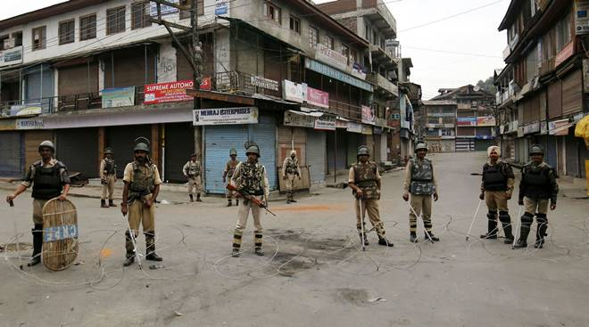 Curfew in Kashmir 2