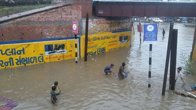 Ahmedabad received heavy rain