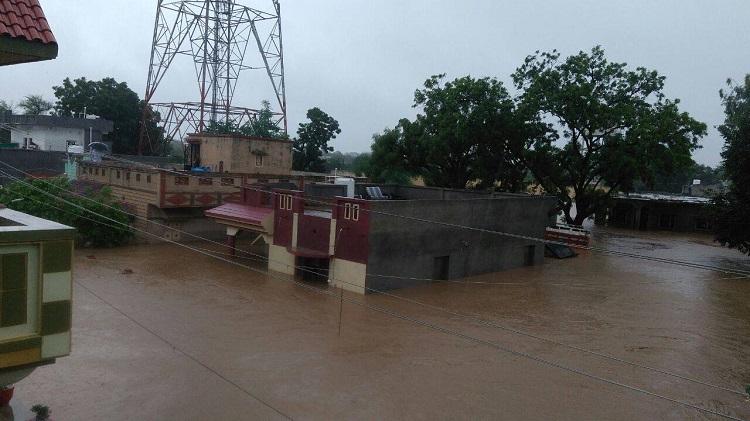 banaskantha heavy rain