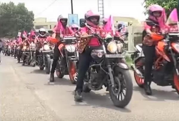 biker queens surat start