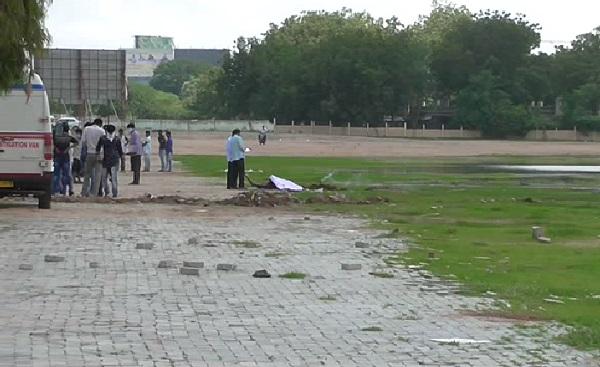 dead body found Ahmedabad