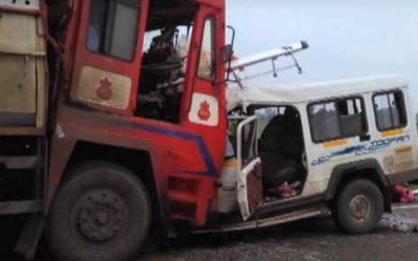 ahmedabad jeep truck accident at barwala