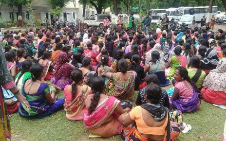 asha workers protest gandhinagar