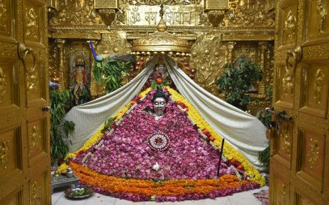 somnath temple 1001 lotus