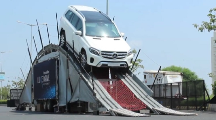 Mercedes Benz Luxe Drive suv in Ahmedabad