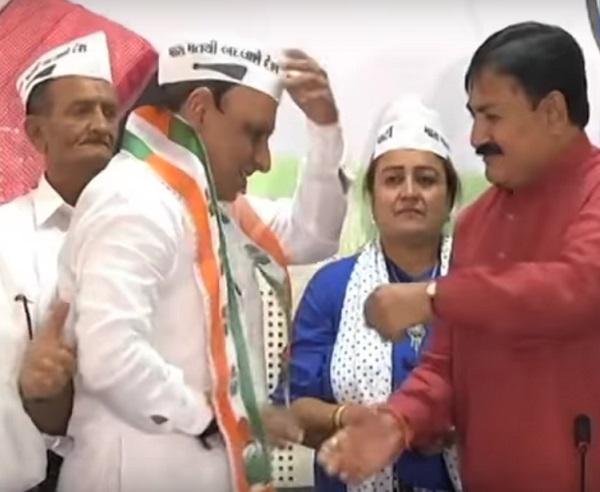 Ruturaj Mehta of AAP joins Congress