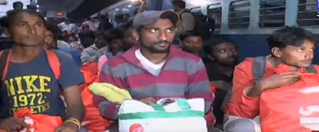 68 fishermen released from pakistan jail arrive at vadodara