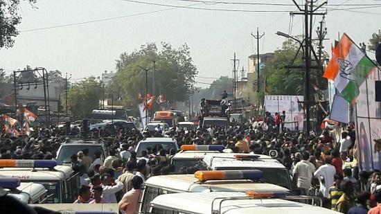 rahul gandhi crowd at dehgam