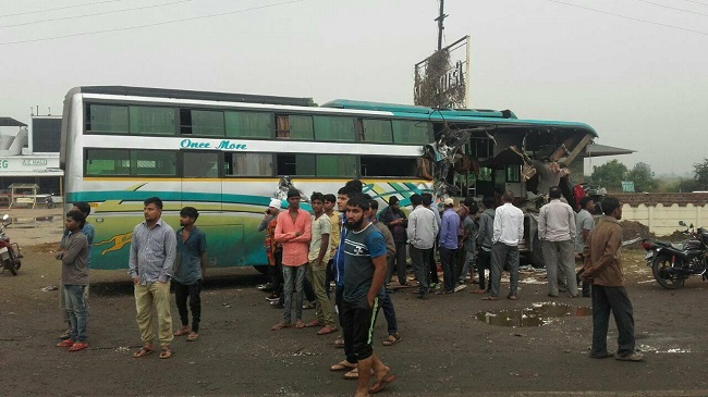 surat bus damaged