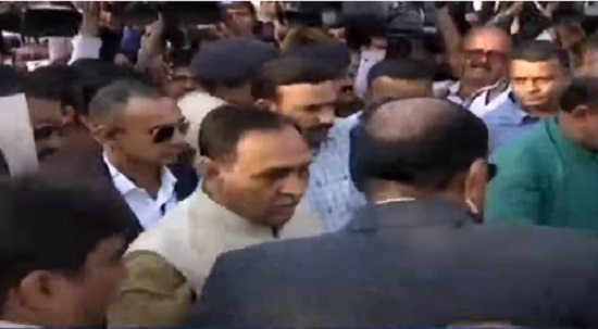 vijay rupani in rajkot for 1st time after becoming cm