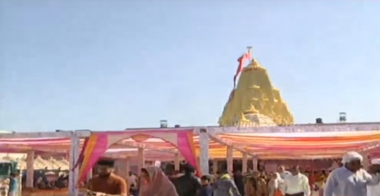 ambaji full of devotees due to poshi poonam