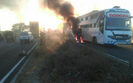 bawla bagodara tyres burnt against release of padmaavat