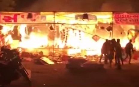 fire at kite stall in ahmedabad
