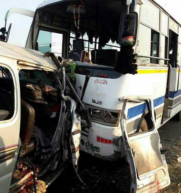 kutch eeco bus accident