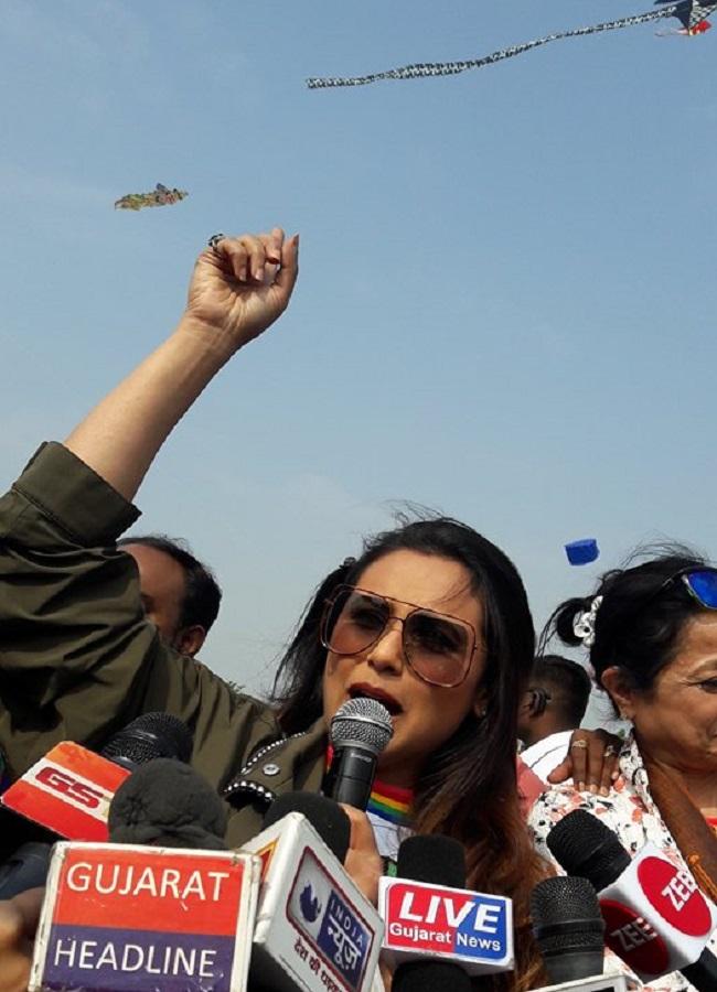 rani mukherjee flying kite
