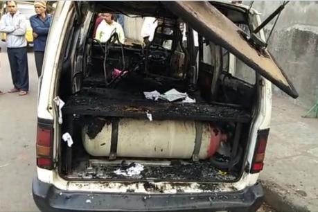 school van catch fire in surat