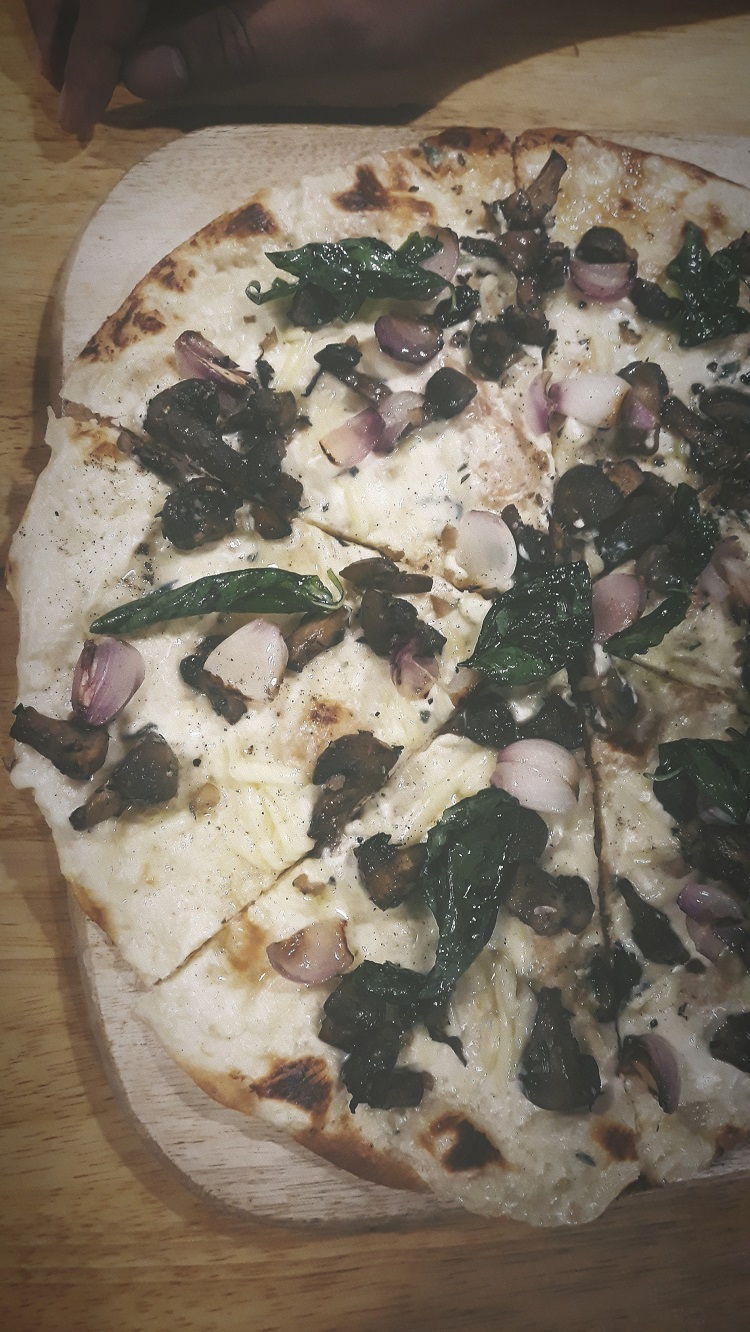 Pizza at The Millhouse at Ahmedabad One Mall