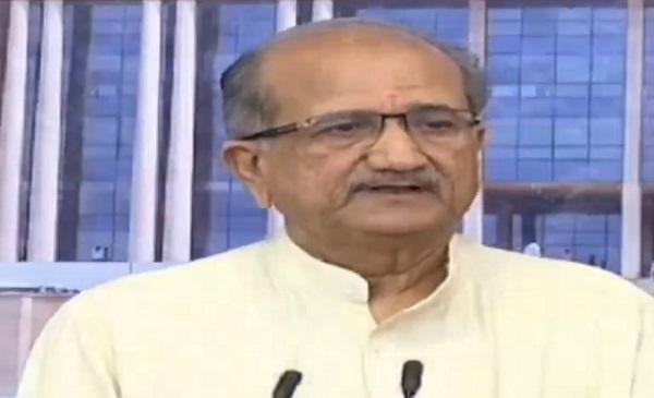 bhupendrasinh chudasma says gujarati compulsory