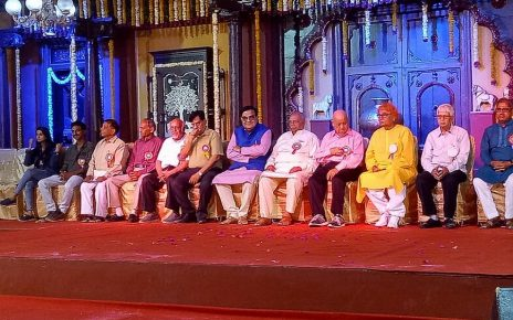 gujarati stage artists awarded in ahmedabad
