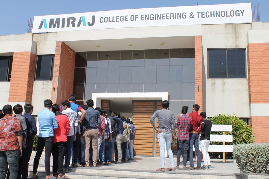 ahmedabad job mela at amiraj college
