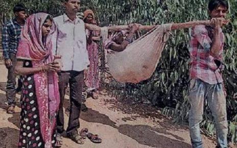 poor in pathetic situation in gujarat