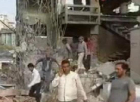 SG Highway building demolished by amc team