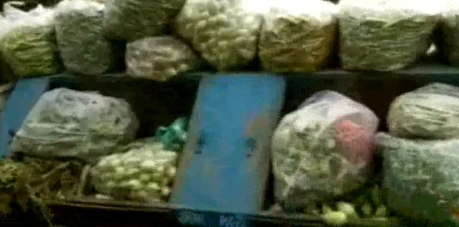 ahmedabad vegetables brought in waste collection van