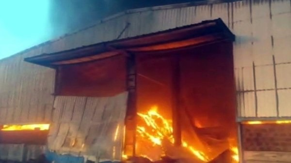 groundnut godown on fire in shapar veraval rajkot