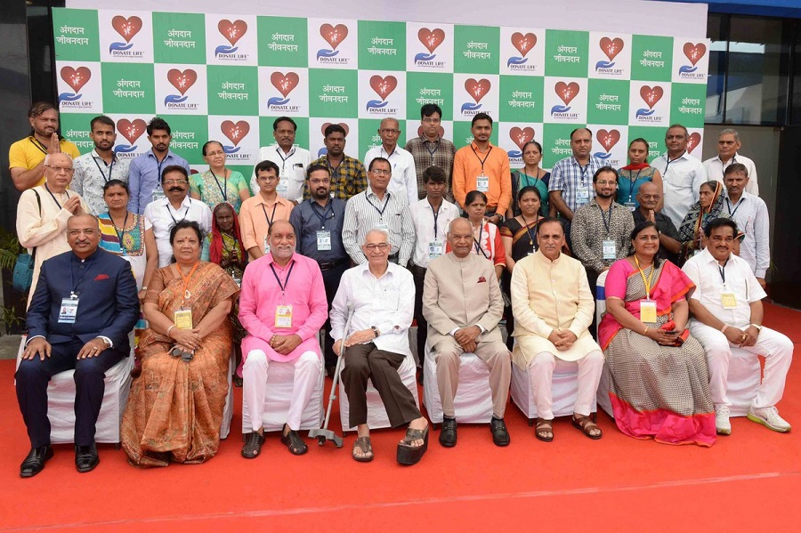 president meets organ donors in surat