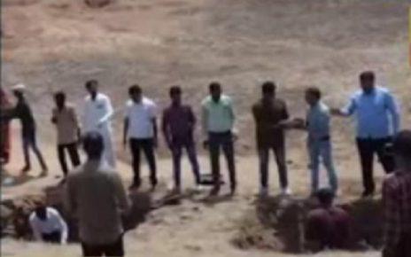 sabarkantha collector orders teacher for digging work