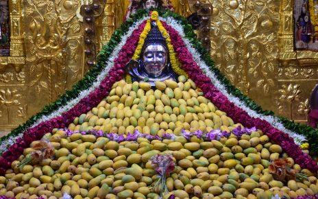 somnath mahadev offered with mango