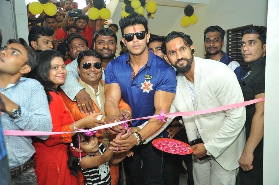 shahil khan launch gym in ahmedabad