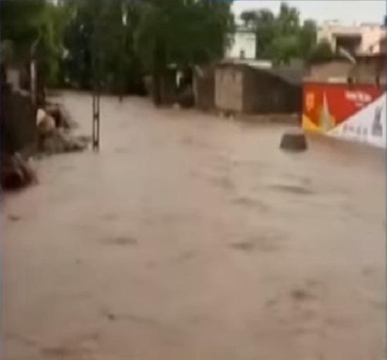 heavy rain in surat bharuch and narmada
