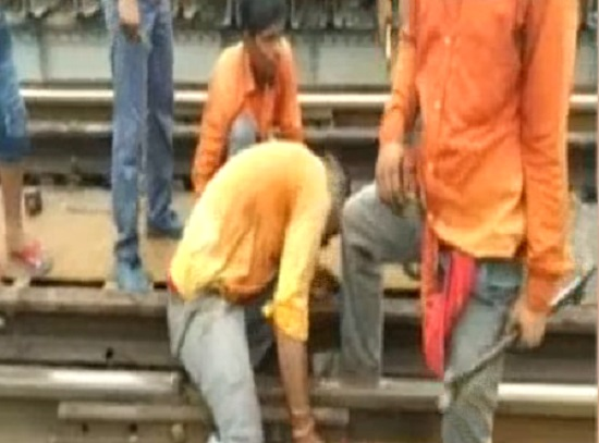 navsari railway track damaged due to heavy rain