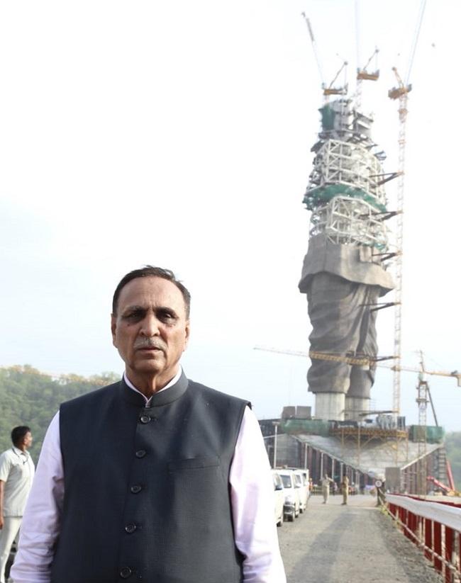 rupani at statue of unity