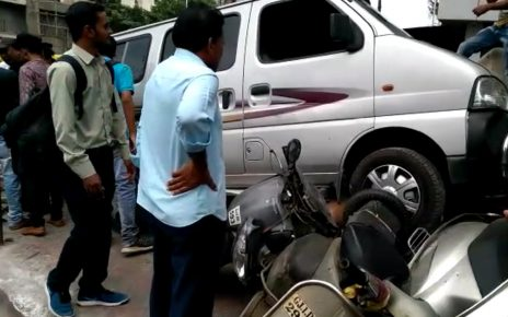 car accident of multiple vehicles