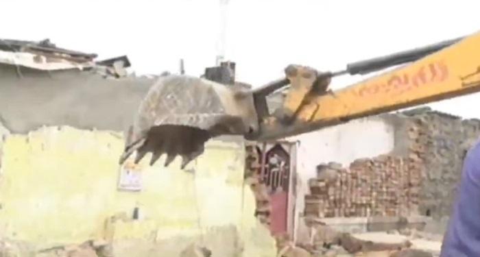 demolition in ahmedabad at sabarmati