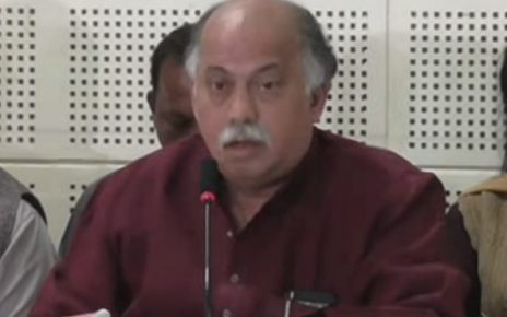 gurudas kamat died at 63