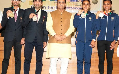 asian medalists with gujarat cm