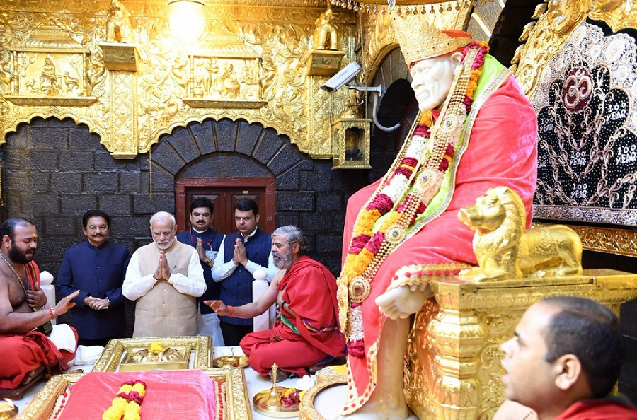 modi in shirdi
