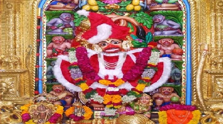 Salangpur-Hanuman-Santa-Claus