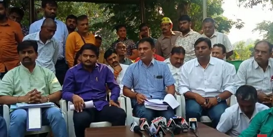 hardik patel paresh dhanani press conference