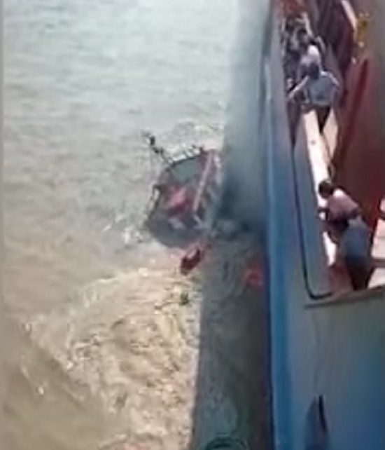 tugboat sinked in morbi