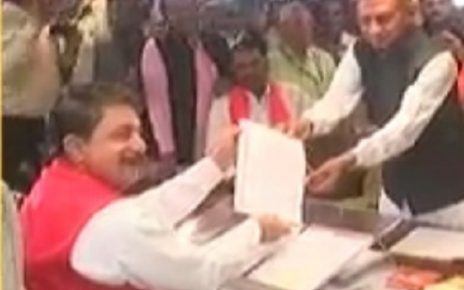 kunvarji bawaliya takes oath as MLA