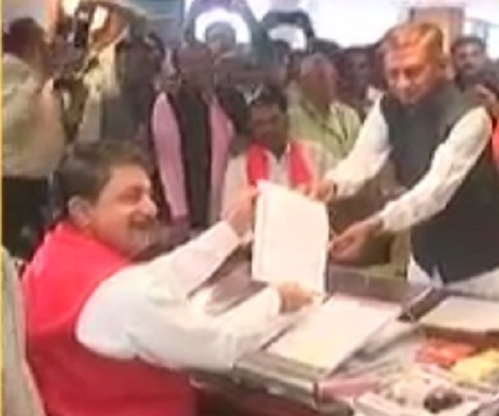kunvarji bawaliya takes oath as MLA