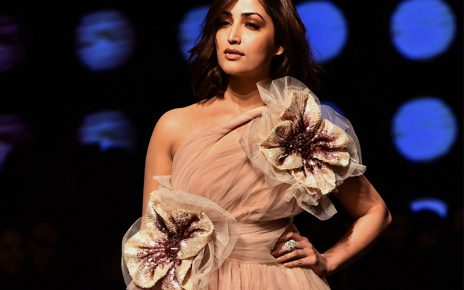 Yami Guatam faced awkward moment at Lakme Fashion Week